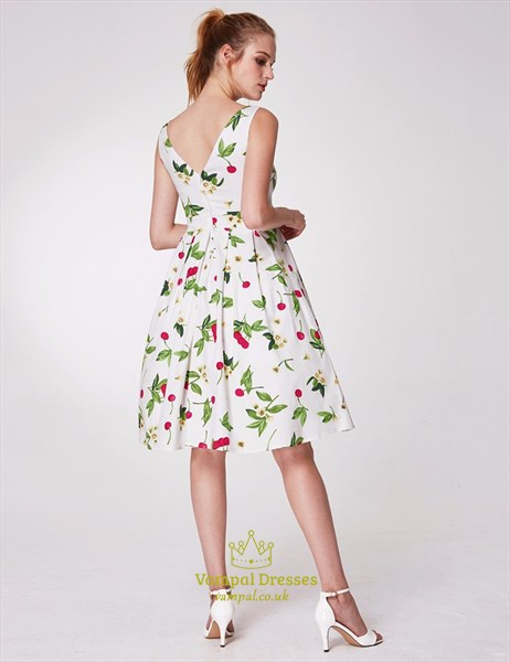 Bateau Neck Sleeveless V Back Pleated Knee Length Floral Dress
