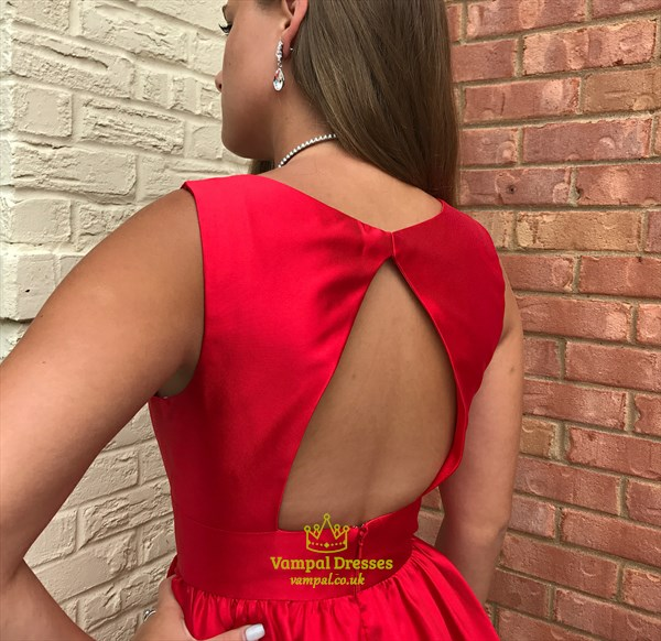 A Line Red V Neck Sleeveless Keyhole Short Homecoming Dresses