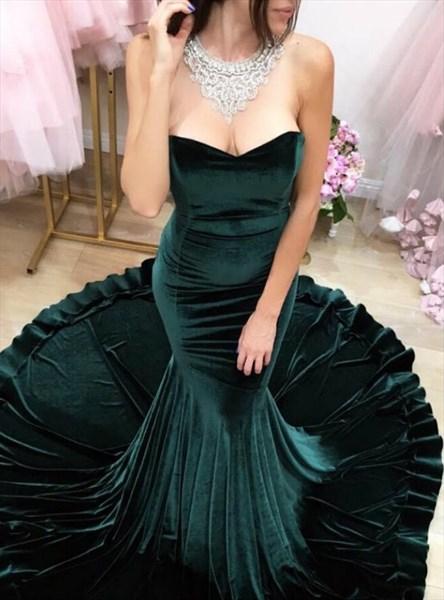 Emerald Green Sweetheart Sleeveless Mermaid Prom Dress With Train