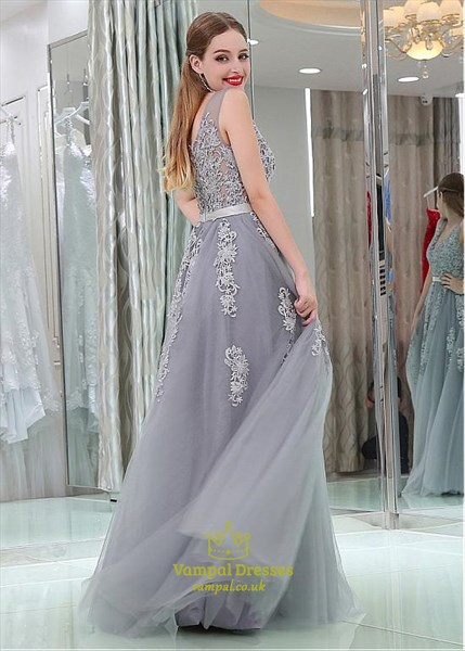 Princess A Line Grey V Neck Sleeveless Applique Tulle Prom Dresses