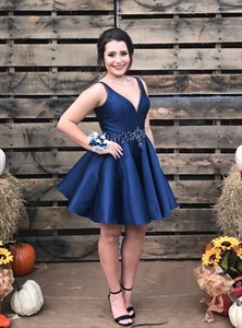 Navy Blue V Neck Sleeveless Beaded Satin Short Homecoming Dresses