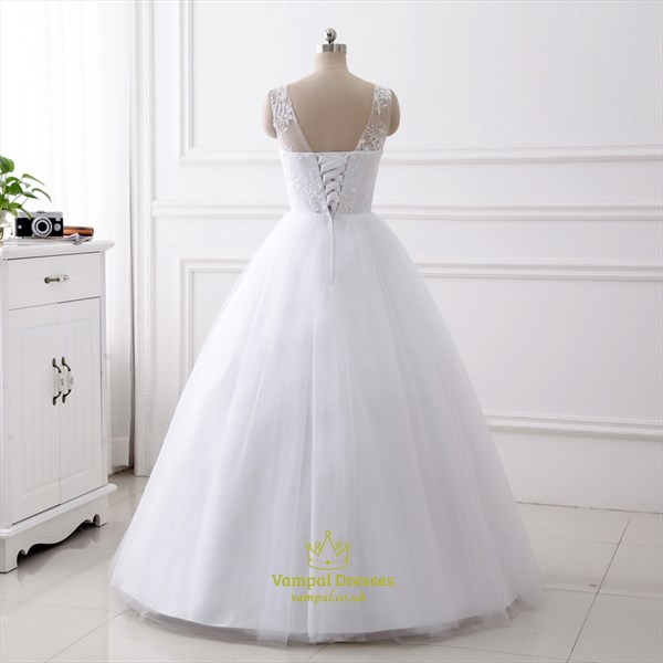 Simple A Line V Neck Sleeveless Beaded Applique Tulle Wedding Dress