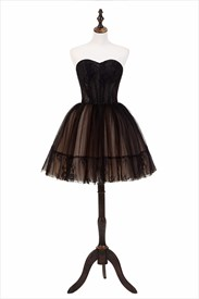 Black Sweetheart Neckline Sleeveless Applique Short Homecoming Dress