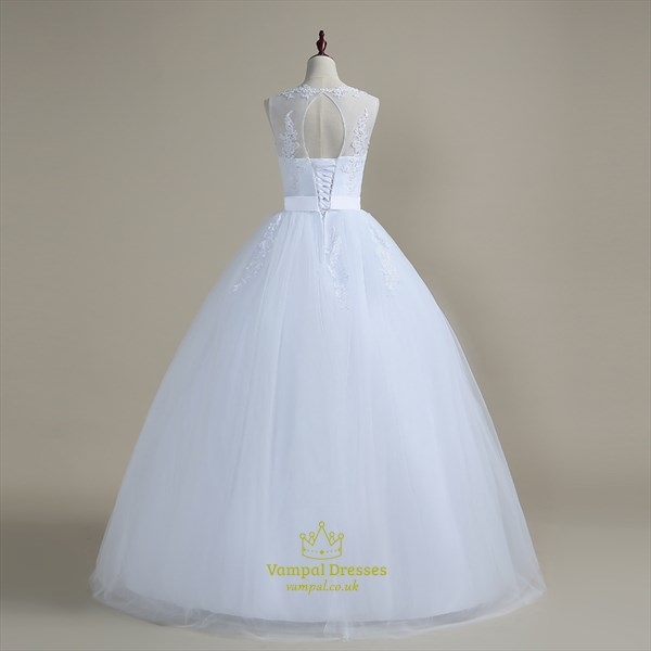 A Line Jewel Sleeveless Beading Applique Tulle Wedding Dress
