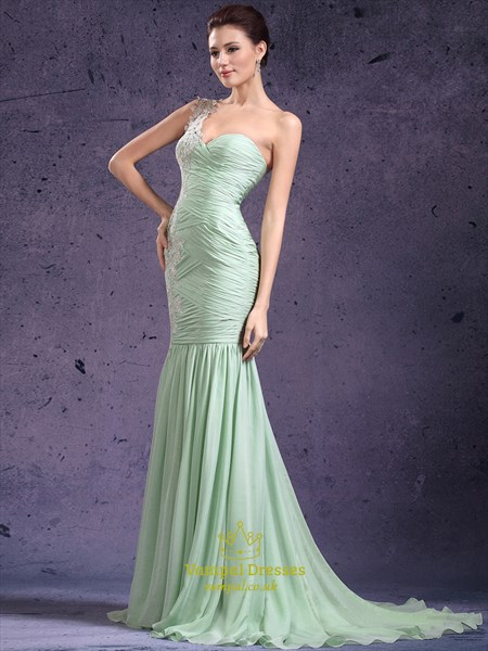 Mint Green One Shoulder Applique Sheath Prom Dress With Train
