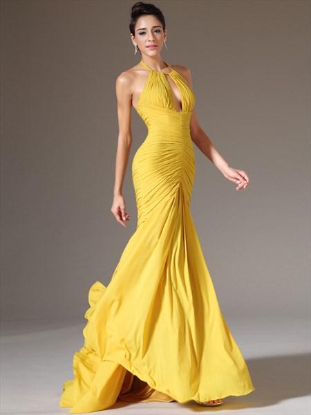 Yellow Halter Neck Keyhole Sleeveless Ruched Bodice Prom Dress