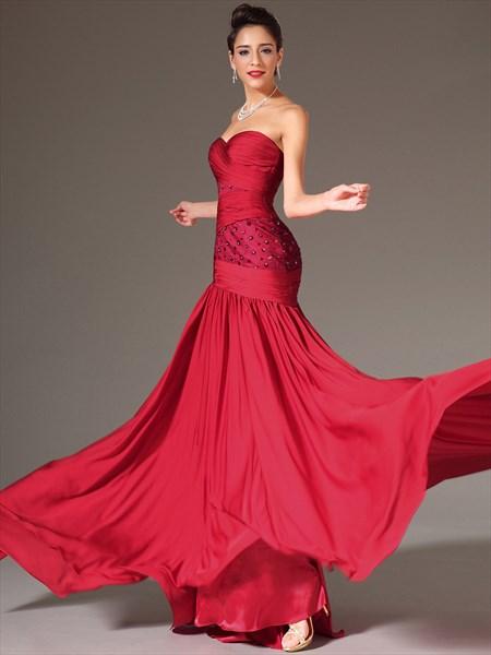 Red Sweetheart Sleeveless Beaded Floor Length Sheath Prom Dress