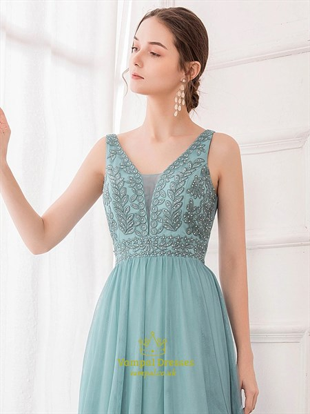 A-Line V-Neck Sleeveless Lace Applique Beading Long Tulle Prom Dresses