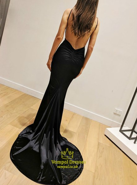 Black Spaghetti Strap Pleated V-Neck Long Prom Dresses With Open Back