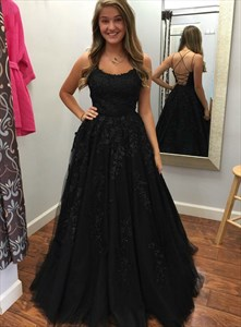 Black Backless Spaghetti Strap Tulle Beaded Lace Applique Prom Dresses