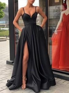 Long Black V-Neck Spaghetti Strap Prom Dresses With Slits Up The Side
