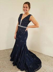 Navy Blue Lace Mermaid V-Neck Sleeveless Prom Dress With Beaded Bodice