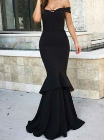 Black Layered Trumpet/Mermaid Off The Shoulder Floor Length Prom Dress