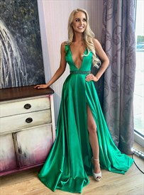 Dark Green Deep V-Neck Beaded Waist Prom Dress With Slits On The Side