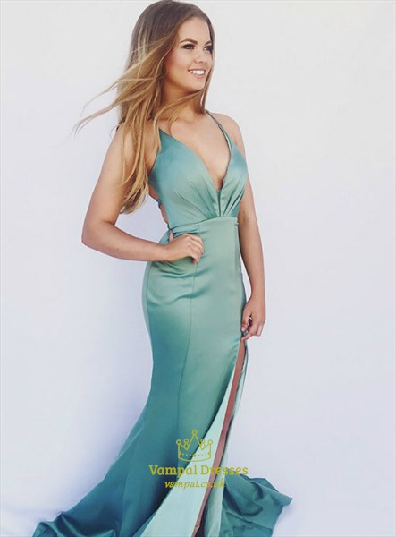 Green Mermaid V-Neck Split Front Long Prom Dress With Criss-Cross Back