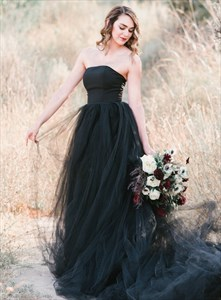Black Deep V-Neck Sheer Lace Bodice Wedding Dresses With Long Sleeve