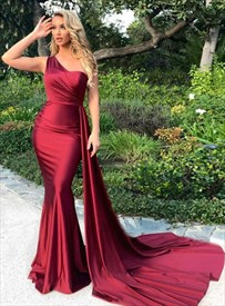 Gorgeous Burgundy Mermaid One Shoulder Prom Dresses With Side Draping