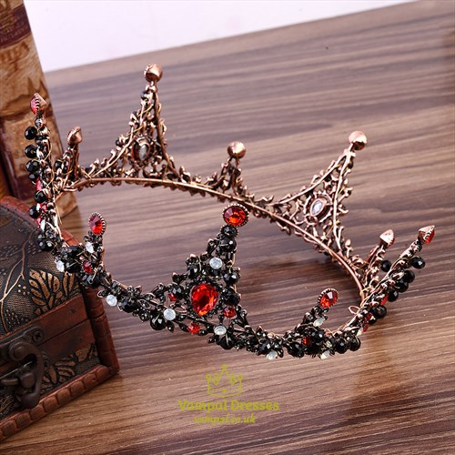 Alloy Baroque Hand-Made Bridal Tiara In Round  With Pearls