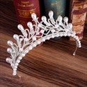 Alloy Crystal Leaf Princess Crown Bridal Tiara With Pearls