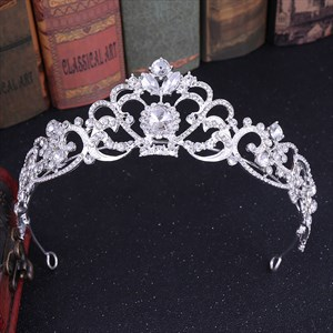 Romantic Crystal Bridal Tiara With Rhinestone Accents