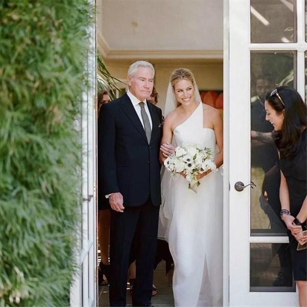 Ivory Organza One Shoulder Wedding Dress With Split Front