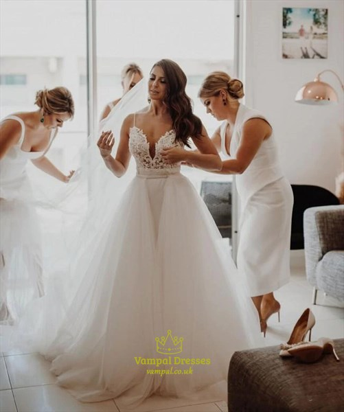 Lace Applique Bodice Spaghetti Strap Wedding Dress With Tulle Skirt