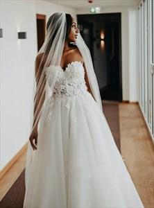 Ivory Sweetheart Beaded Lace Applique Bodice Wedding Dress