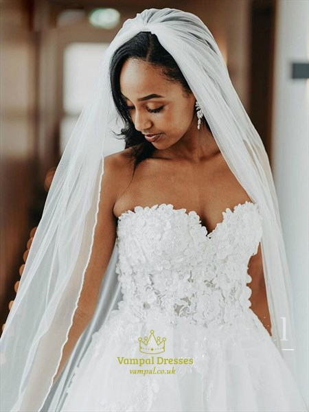 Ivory Sweetheart Beaded Lace Applique Bodice Wedding Dress