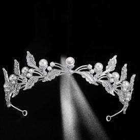 Alloy Leaf Rhinestones Princess Crown Bridal Tiara With Pearls