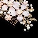 Handmade Knit Pearl Flower Hair Comb