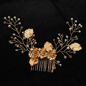 Alloy Hand-Knitted Leaf Hair Comb With Rhinestone Accents