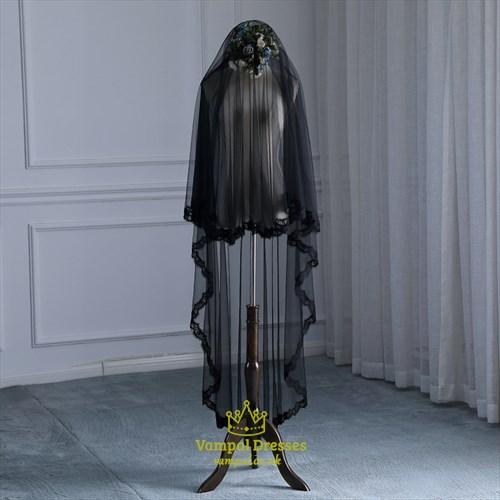 Black One-Tier Wedding Veil With Lace Applique Trim