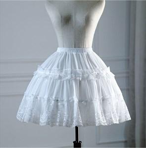 Lolita Cosplay Lace Trim Short Petticoat With Bone
