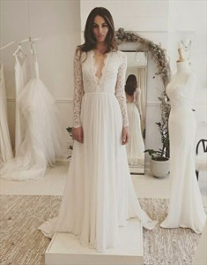 Simple Elegant A-line Wedding Dresses Long Sleeve V neck Romantic Wedding Dress With Lace