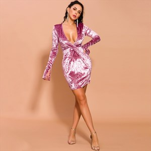 Purple Deep V-Neck Velvet Short Dress With Long Sleeves