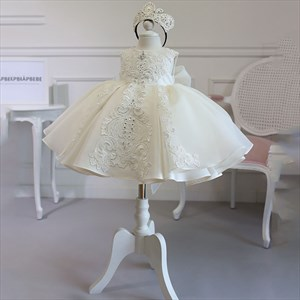 Ivory Lace Applique Embellished Organza Flower Girl Dress With Bowknot
