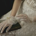 Tulle Pearls Embellished Gloves With Bowknot
