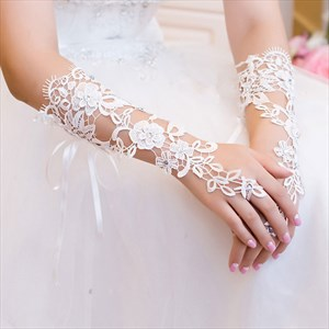 Lace Embellished Long Hook Gloves