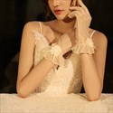 Tulle Short Gloves With 3D Flower Embellished