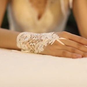 Lace Short Hook Gloves With Beading