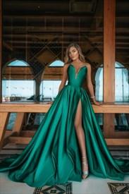 Emerald Green Strapless Sweetheart Mermaid Split Front Long Prom Dress