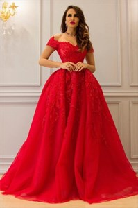 Red Sweetheart Beaded Lace Applique Off The Shoulder Prom Dress