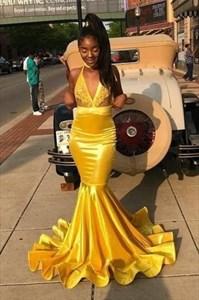 Yellow V-Neck Halter Mermaid Lace Applique Prom Dress