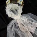Lace Applique Flower Embellished Short Hat With Veil
