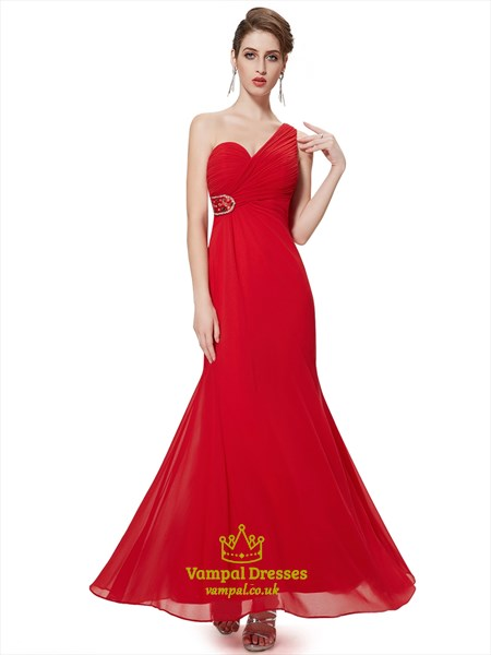 Red Chiffon One Shoulder Sheath Bridesmaid Dresses With Beaded Detail